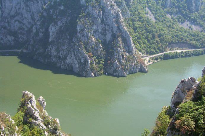 Clisura Dunarii! Granita dintre doua culturi! GALERIE FOTO