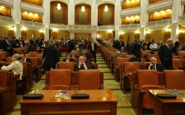 Rezultate alegeri parlamentare 2012 vezi lista noilor for Lista senatori