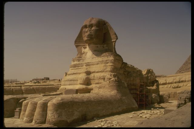 1Sfinxul Egiptean