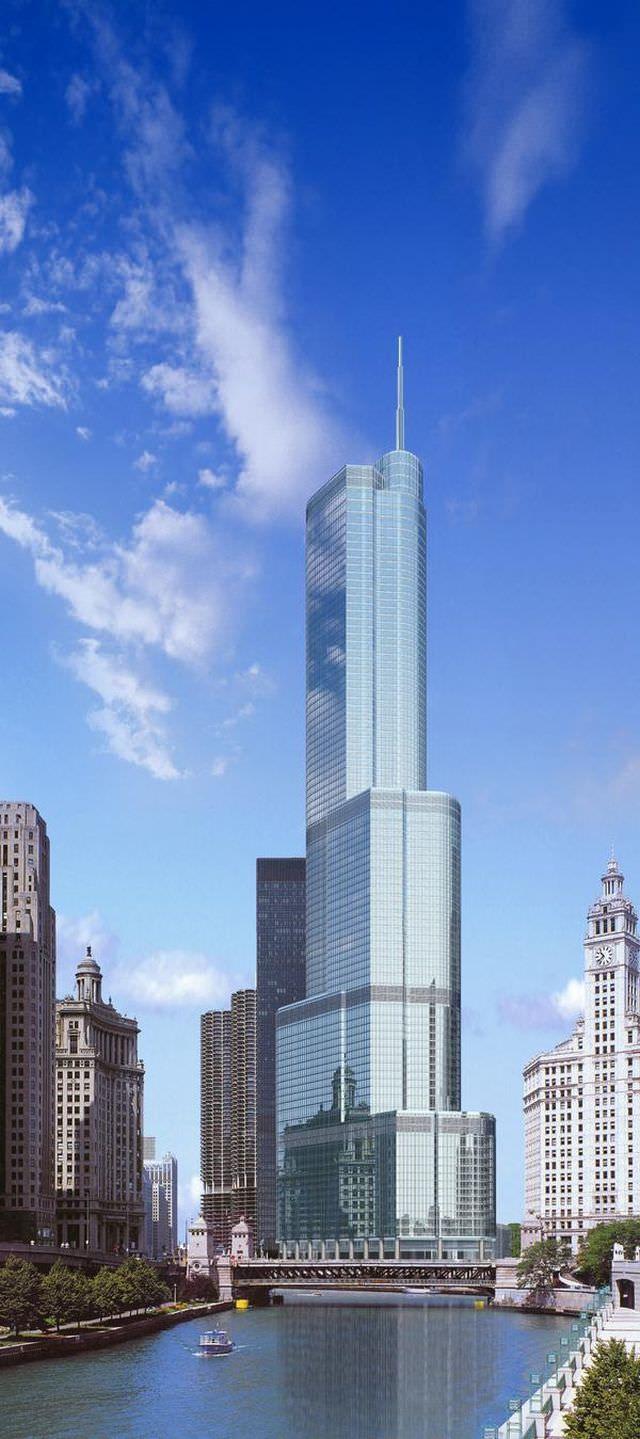 1Trump International Tower & Hotel