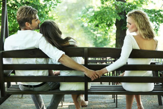 What-Should-You-Do-if-Your-Partner-is-Cheating-on-You
