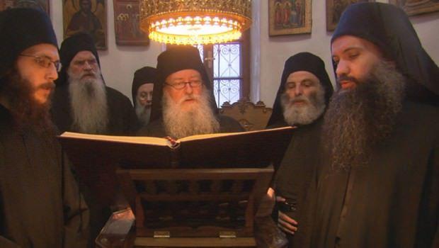 Calugarii de pe Muntele Athos ies din AFACERILE RELIGIOASE! Vezi cine si ce i-a determinat!