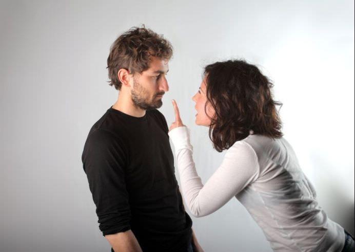 CEARTA IN CUPLU poate lua nastere din cauza GLICEMIEI SCAZUTE!