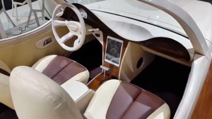 masina romaneasca iulia2 jpg