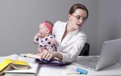 Mesaj naucitor pentru femei: Munca peste program va ucide!